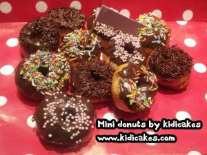 Mini donuts by Kidicakes