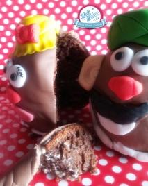 Gâteau toys tory mr et mme patate, gâteau toys tory mr et me patate, une idée recette gateau enfant par kidicakes. Gâteau mr et mme patate pâte à sucre