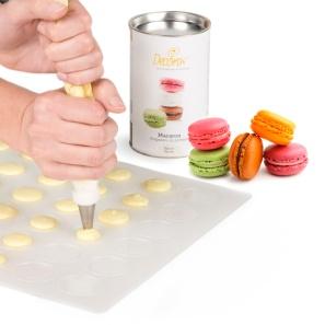 Preparation pour macaron prête à l'emploi de Decora la préparation mix macaron permet de préparer des macarons inratables et facile à réaliser.