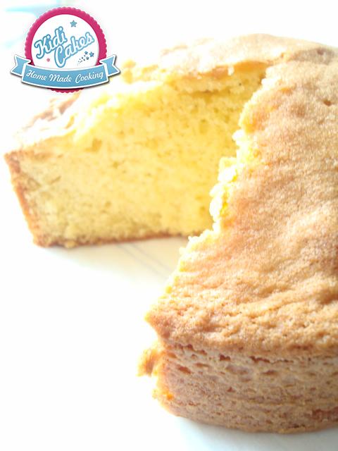 Un biscuit de Savoie ou gâteau de Savoie bien de chez nous- cette recette de biscuit de Savoie est ) déguster nature ou décoré de sucre glace ou de pâte à sucre