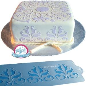 Décoration gâteau au stencil ou pochoir à gâteau découvrez nos conseils pour réaliser une jolie décoration au stencil
